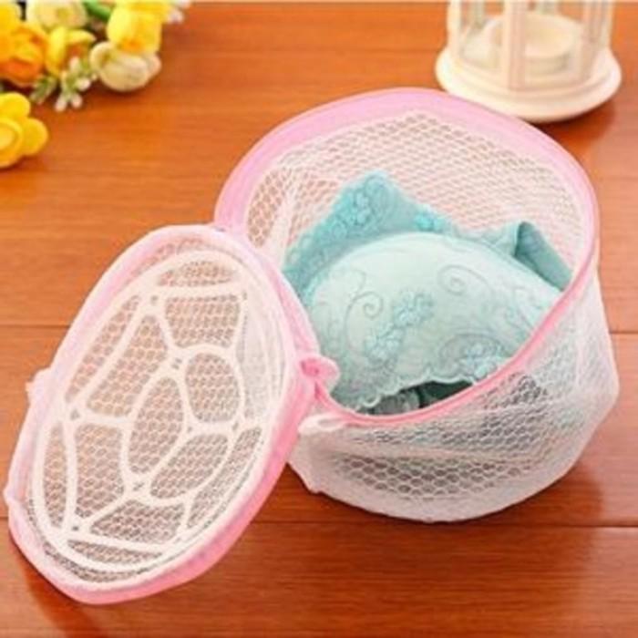 Bra Laundry Organizer Bra Kantong Cuci BH Pants Celana Dalam Bra Bag