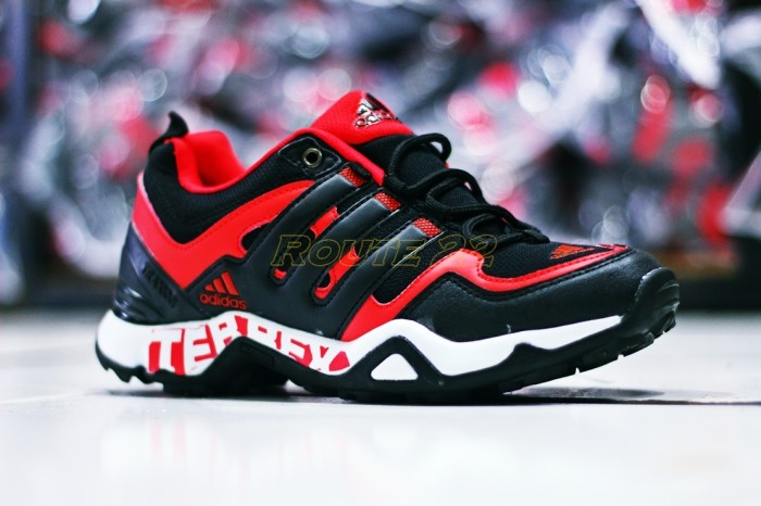 harga Sepatu adidas terrex boost red black (tracking,sport,hiking,olahraga) Tokopedia.com
