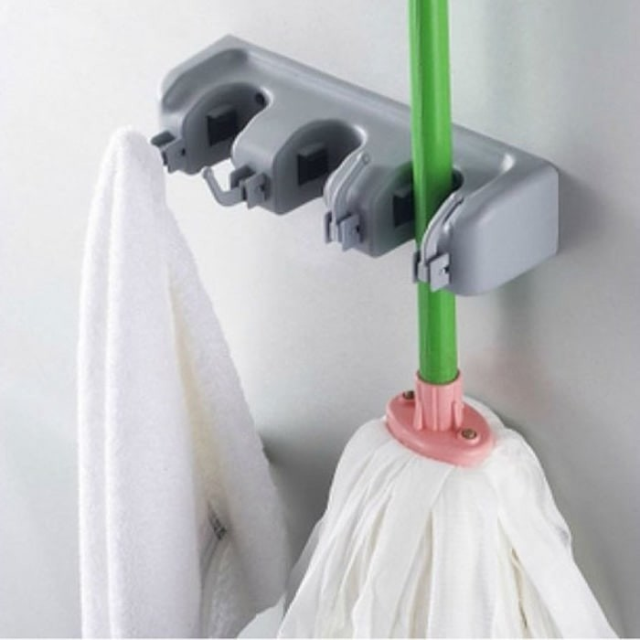 Gantungan sapu alat pel dengan hook 3 slot magic mop holder