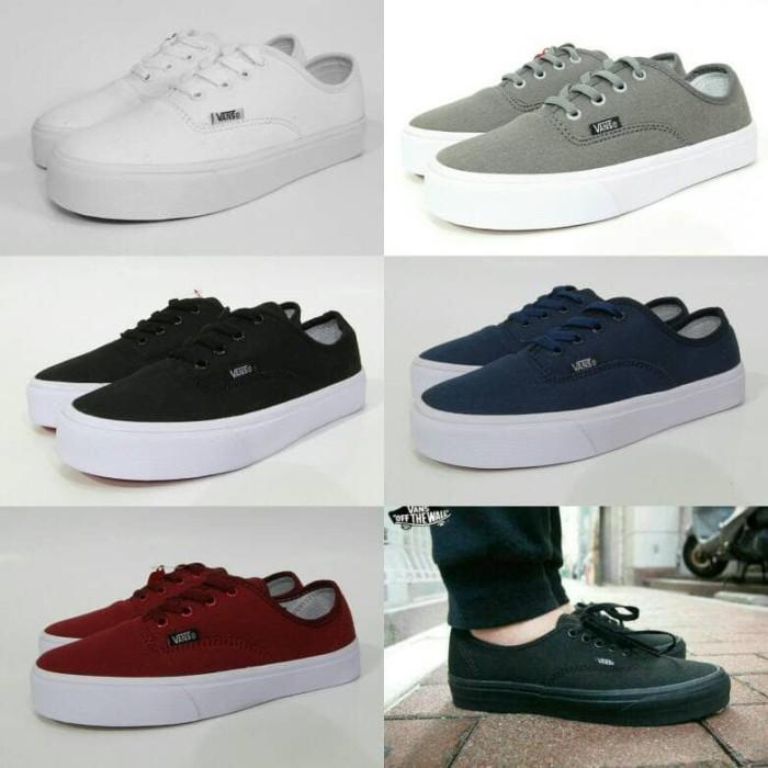 cfe6cb4800 Jual Sepatu Vans Authentic Mono Black Hitam - ayemshop