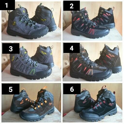 harga Sepatu snta outdoor merah . sepatu gunung tracking karrimor playboy  Tokopedia.com ce5ffef09a