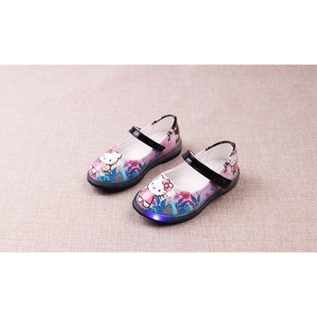 harga Sepatu walker anak perempuan import hello kitty hitam black lampu led Tokopedia.com