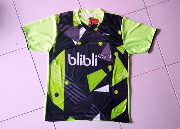 Jual Kaos Olahraga HITAM Tenis Blibli Baju Badminton Grosir LINING ... 434f04f3ac