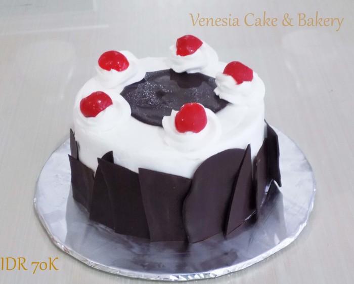 Jual Black Forest Kue Ulang Tahun Kue Ultah Murah Kab Tangerang Venesia Cake Bakery Tokopedia