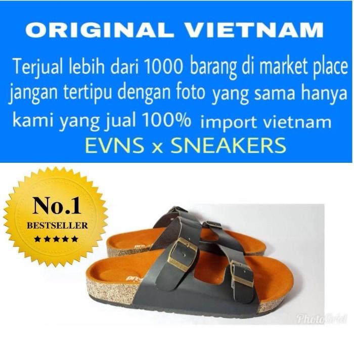 Jual sepatu pria casual sendal santai kickers slip on slop cek harga ... 620e55b3d9
