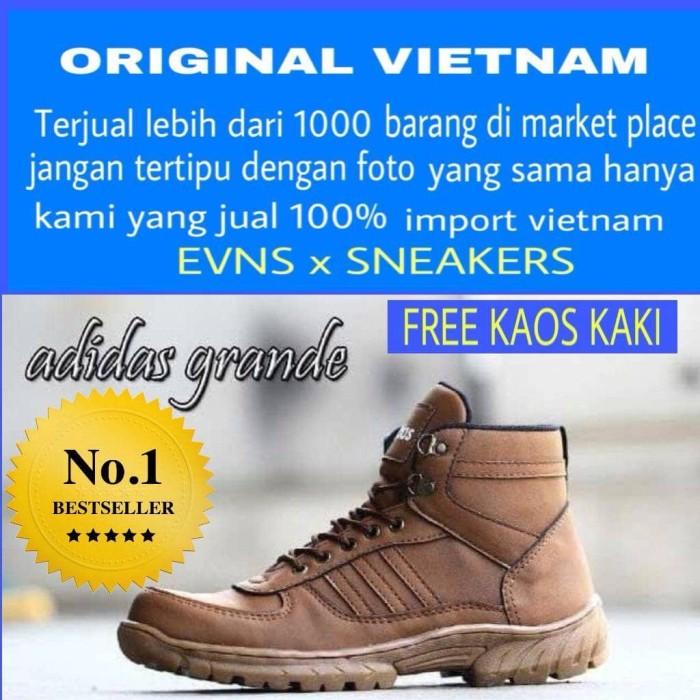 Jual sepatu boots pria kickers safety boot kulit asli cek harga di ... d0bbca5229