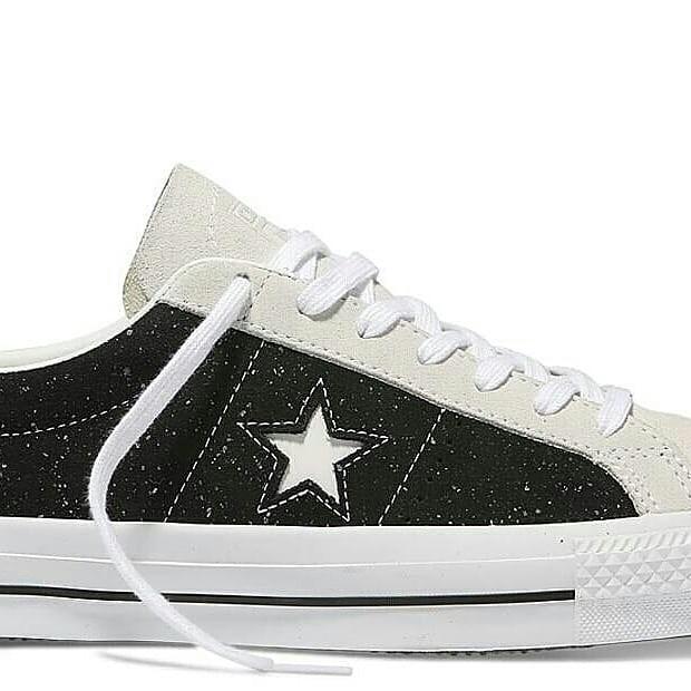 ea85ca45939262 Jual converse onestar pro speckled suede ox black white - DKI ...