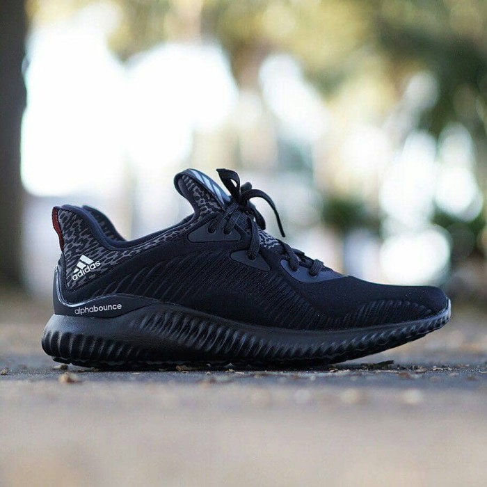 b631760ce Jual Sepatu Adidas Alphabounce 1.0 - Triple Black - DKI Jakarta ...