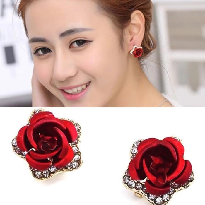harga Anting jepit bunga kristal ( import gelang kalung ) Tokopedia.com