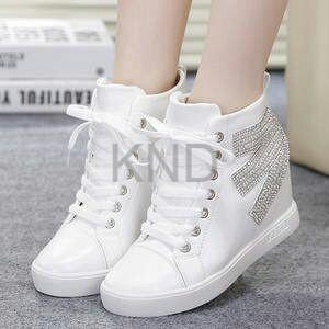 Sepatu Wanita Cewek Boots E Pasir Putih Terlaris