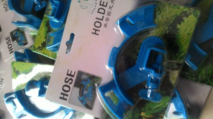 Alat kuras aquarium jepit selang ( hose holder )