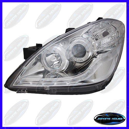 harga Headlamp toyota avanza 2006-2010 chrome housing projector lightbar Tokopedia.com