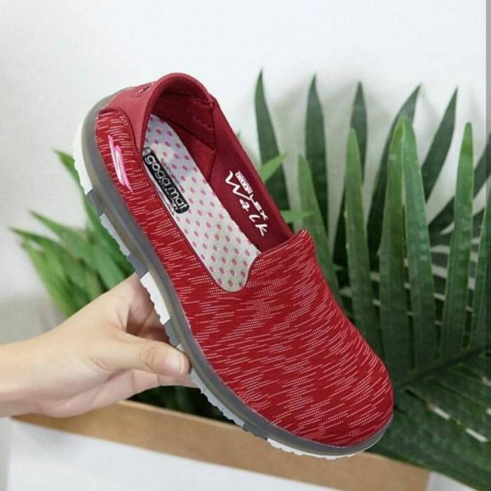 Jual Skechers GoFlex Walk Ability Slip On Women   Sepatu Wanita ... 3c46a1a284