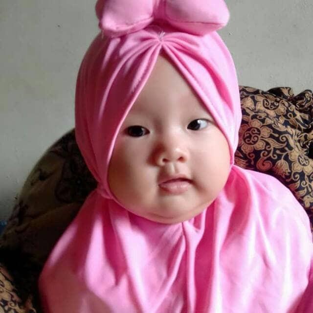 Memperkenalkan Ajaran Agama Dari Kecil Dengan 10 Jilbab Bayi Imut