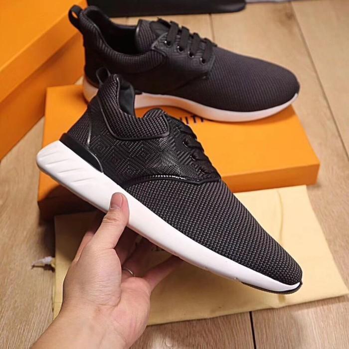 Segini Daftar Harga Sneaker Lv Louis Vuitton Murah Terbaru 2019 ... 7685ab8f6f