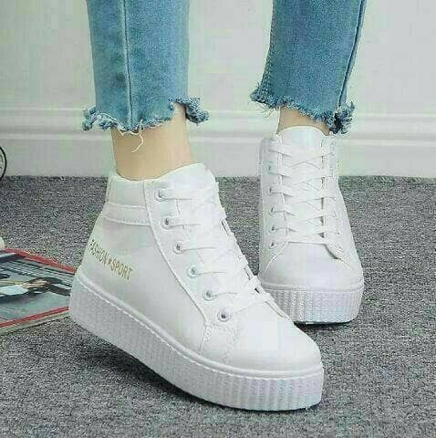 harga Sepatu olahraga wanita kets boots warna putih cewe boot modis korea Tokopedia.com