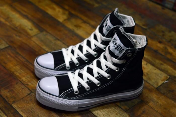 ... harga Sepatu kets anak laki perempuan converse all star kids high hitam  Tokopedia.com 048bdbc041