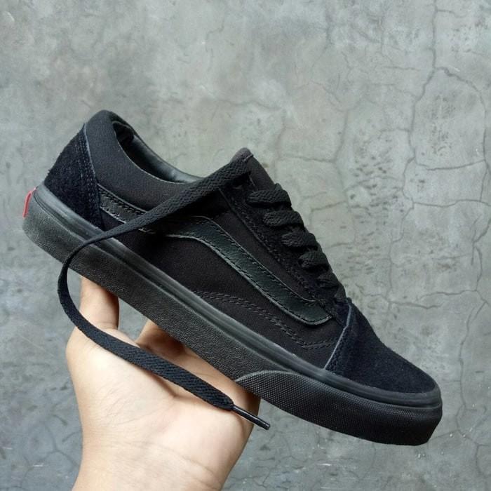 Sepatu Vans Oldskool Fullblack Hitam Polos Sekolah Kerja Traning Murah -  Hitam ff88818463