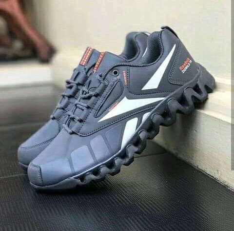 harga Sepatu sport pria reebok zigwlid abu list putih Tokopedia.com
