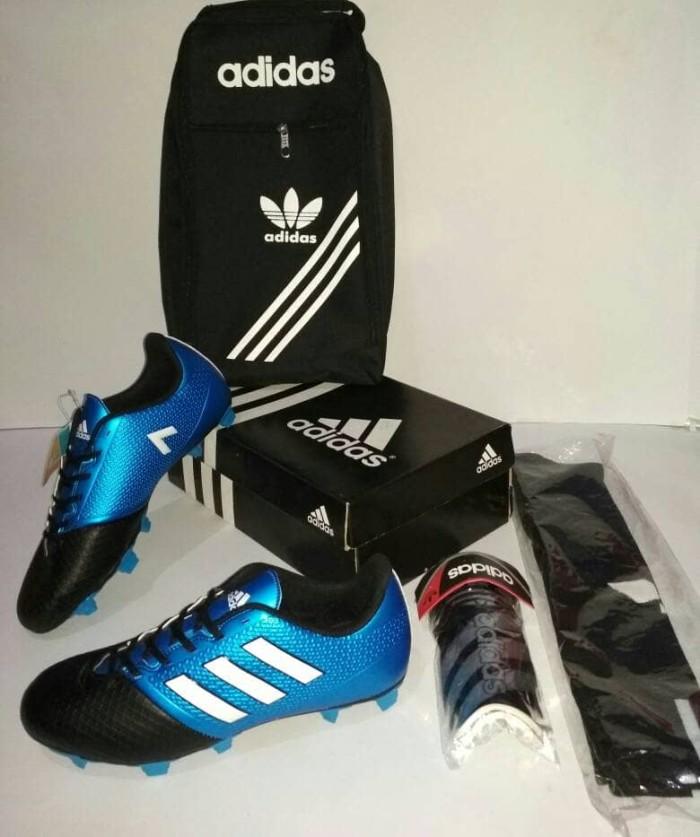 2b1253d95 Dijual Promo ( BONUS KAOSKAKI DECKER TAS) Sepatu Bola Adidas V Grade ...