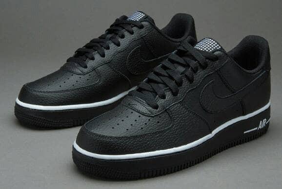 los angeles 16ac7 c9b89 Sepatu Nike Air Force 1 07 Pivot Black