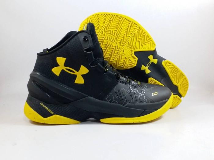 659f16b38a69 Jual Sepatu Basket Under Armour Curry 2 Black Knight Replika Impor ...
