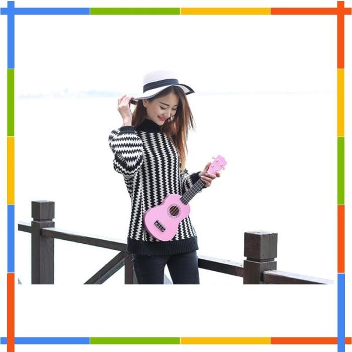 Gitar Mainan Ukulele Plastic Nylon Strings