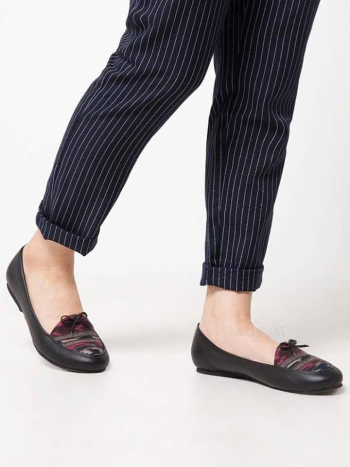 harga Flat shoes / sepatu wanita etnik, batik, tenun - toraja Tokopedia.com