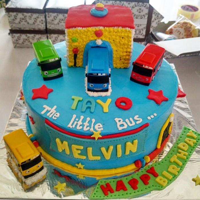 Jual Cake Ulang Tahun Tayo Bus Mix Buttercream And Fondant Jakarta Selatan Xoxo Bread And Cake Tokopedia