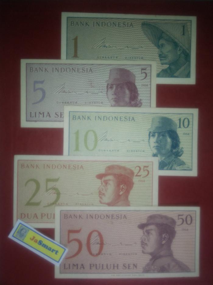 harga Set uang kertas kuno seri dwikora tahun 1964 isi 5 lbr kode set u dk1 Tokopedia.com