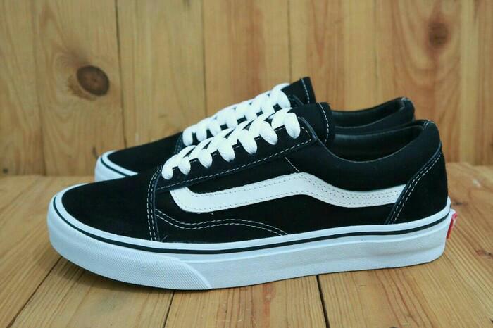 Jual Sepatu Vans Old skool Black white Premium - Navy e01e32096a
