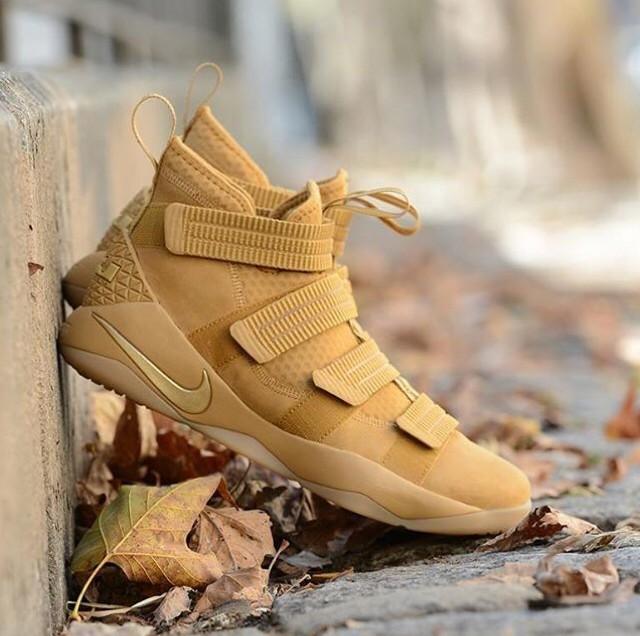 421a42b1bdff ... harga Nike lebron james soldier 11 wheat sneakers sepatu pria premium  Tokopedia.com