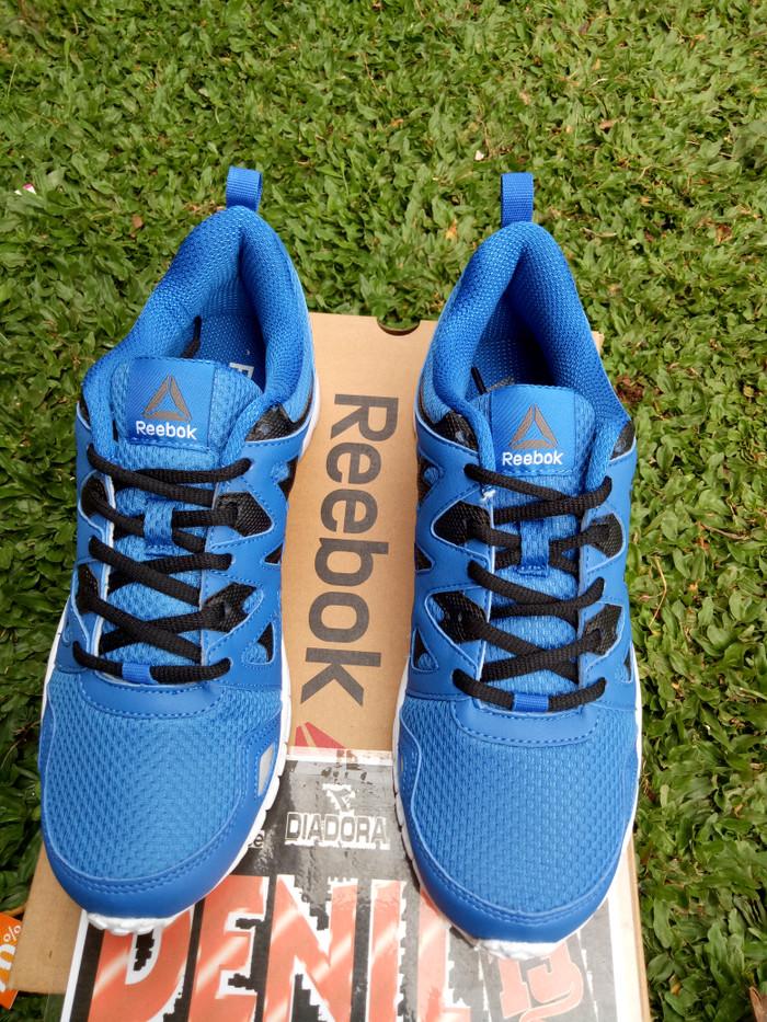 ea5deadb716 Jual ORIGINAL 100% Sepatu Running Men Reebok Run Supreme 3.0 BD2185 ...