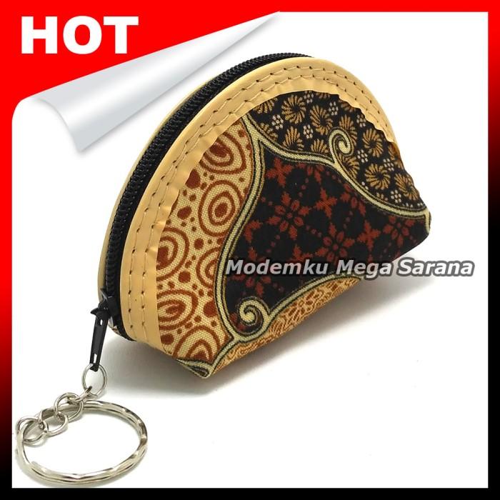 harga [paket 1 kodi isi 20pcs] souvenir gantungan kunci dompet batik oval Tokopedia.com