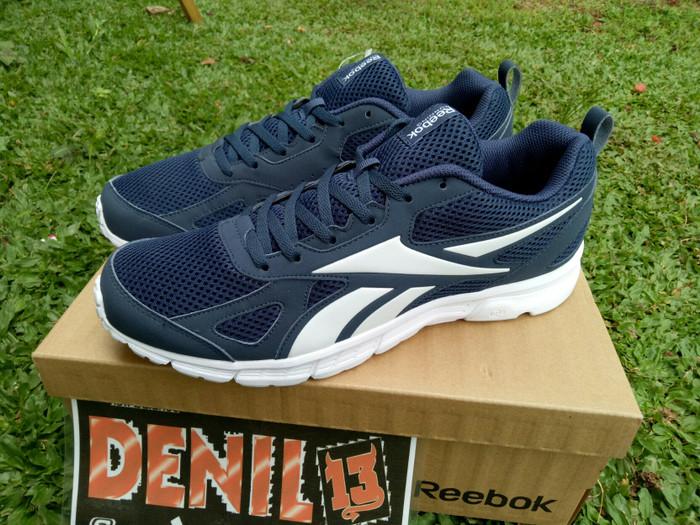 Jual ORIGINAL 100% Sepatu Running Reebok Run Supreme BD4942 ... 19a85b7676