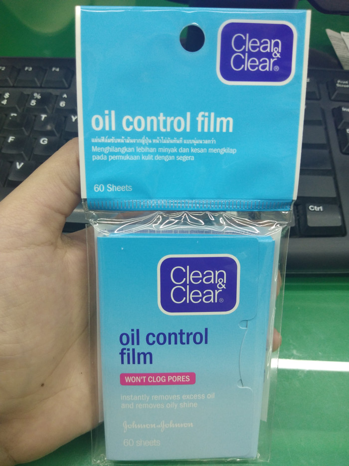 harga Clean and clear oil control film isi 60 sheets Tokopedia.com