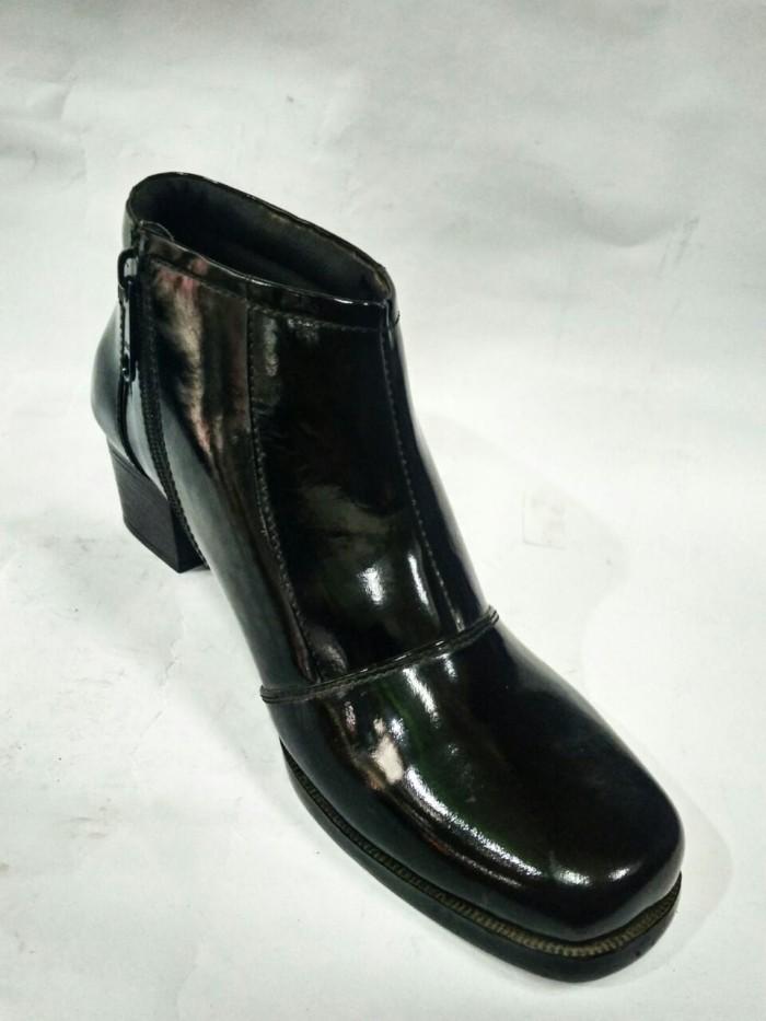Sepatu PDH Boot Wanita Kulit Asli Rasheda 231 - Hitam, 40