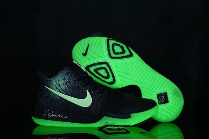 ef0b26aa930 Jual Nike Kyrie 3 What The