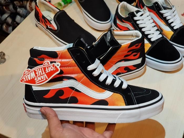 Jual Sepatu Vans Sk8 Flames Vans Sk8 Logo Api Premium Import With 7c12985c2f