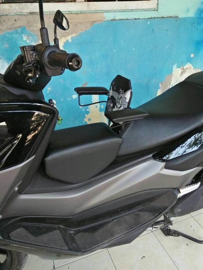 harga Jok tambahan motor yamaha nmax dengan sandaran boncengan anak nmex Tokopedia.com