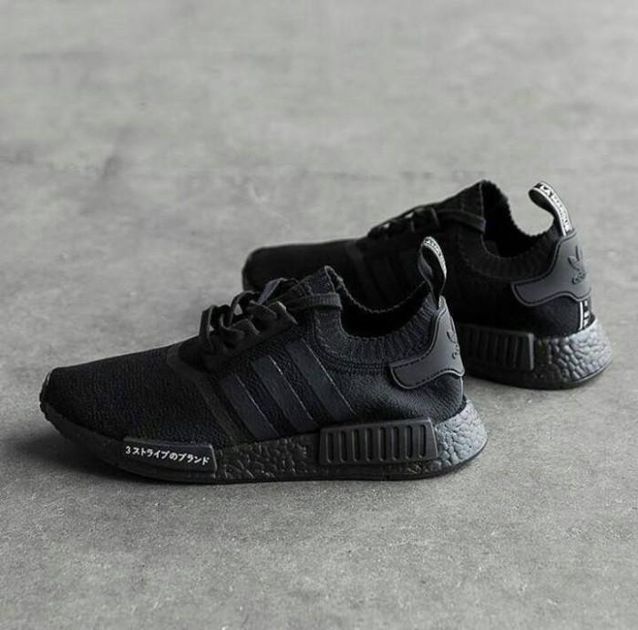 92cbe3a99 ... promo code for sepatu adidas nmd r1 primeknit japan triple black premium  quality 2e7e2 eb900