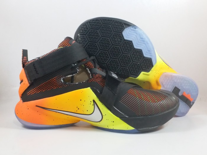 e077a3ac36e5 ... purchase sepatu basket nike lebron soldier 9 raise replika impor e81dc  1de89