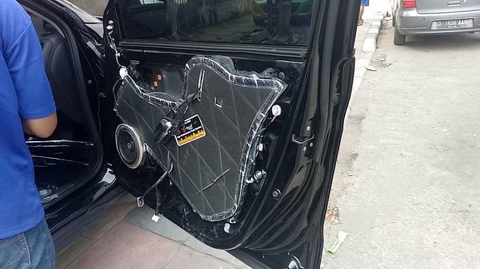 harga Peredam suara akustik 4 door trim pintu samping honda jazz gd3 i-dsi Tokopedia.com
