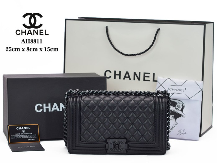 81b87dbc9d6801 Jual Tas Chanel Boy So Black Medium Quilted Hitam Semprem AH8811 ...