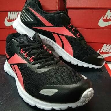 Jual Sepatu Lari Reebok Triplehall 6.5 Sea  cbb166cc7d