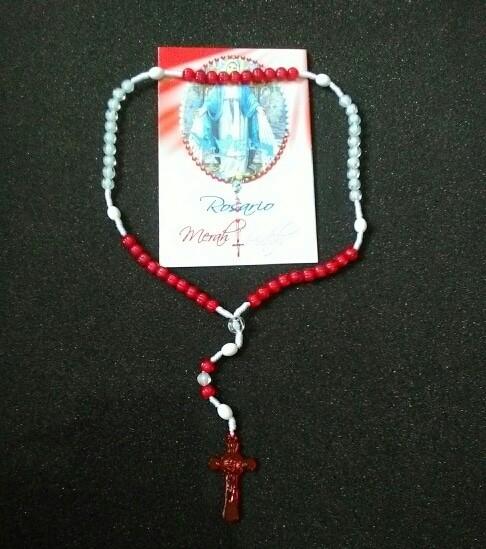 harga Kaplet (lembar doa + kalung) rosario merah putih Tokopedia.com