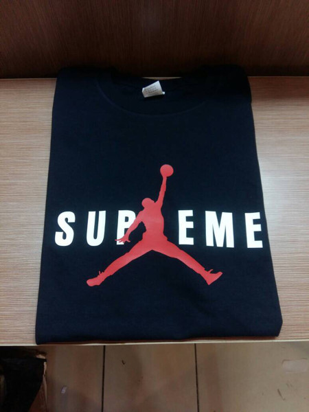 harga Kaos tshirt baju combed 30s distro supreme jordan futsal jersey basket Tokopedia.com