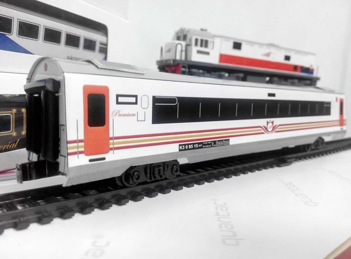 harga Miniatur kereta api - gerbong ekonomi premium kai skala 1:87 Tokopedia.com