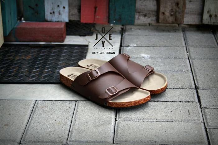 harga Sandal casual pria joey care brown Tokopedia.com