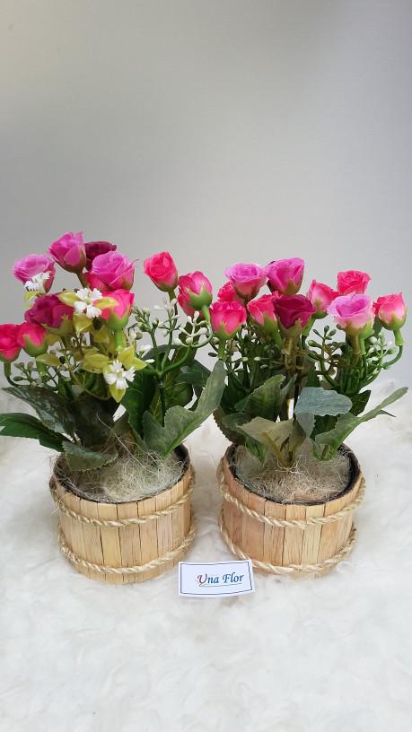 harga Bunga hias artificial plastik mawar rose pink ungu   pot stik kayu . fbd39e52c9